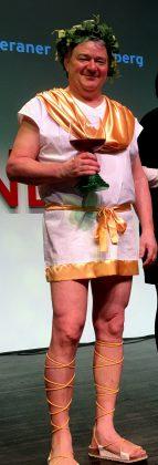Wenn sich Werders Weinverein auf der Grünen Woche präsentiert, steht Bacchus mit auf der Bühne.