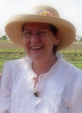Frau Obstzüchter lacht gern. Foto: privat